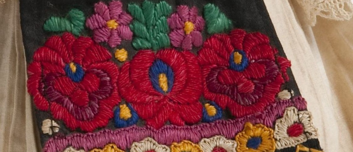 Image: colourful embroidery of flowers