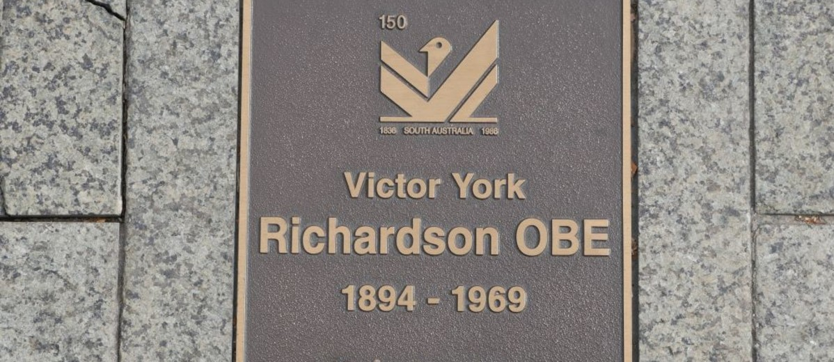 Image: Victor Yorke Richardson Plaque