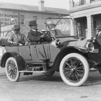 Image: Sir Douglas Mawson in automobile