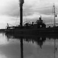 Image: steam dredge