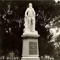 Statue of John McDouall Stuart, unveiled 4 June 1904