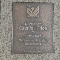 Image: Sir Archibald Grenfell Price Plaque