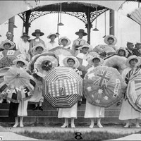 Image: Women with umbrellas