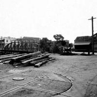 Image: Steel bow string girder swing bridge over dock