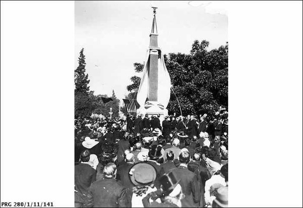 Image: Unveiling the memorial to Colonel Light