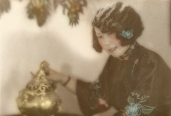 Image: lady with Chinese ornament