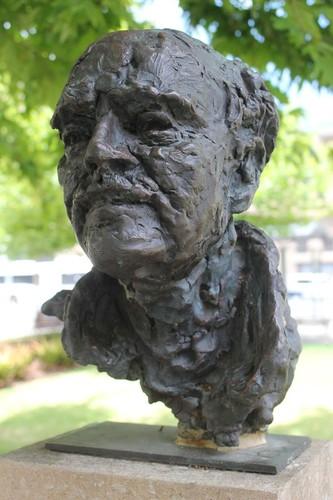 Image: bronze sculpture of man's head