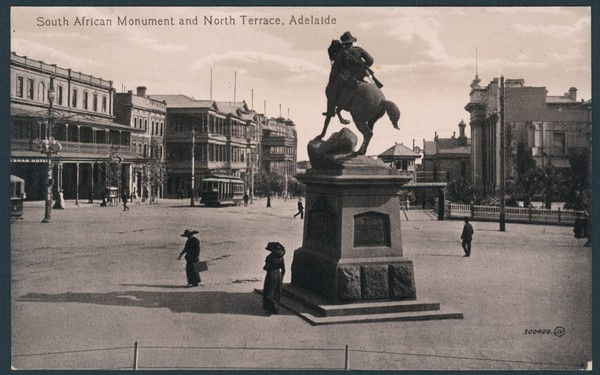 Postcard featuring the South African War Memorial, 1905