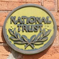 Image: Colour photo of the National Trust logo
