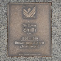 Image: Sir Edwin Smith Plaque