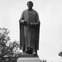 Sir Samuel Way statue